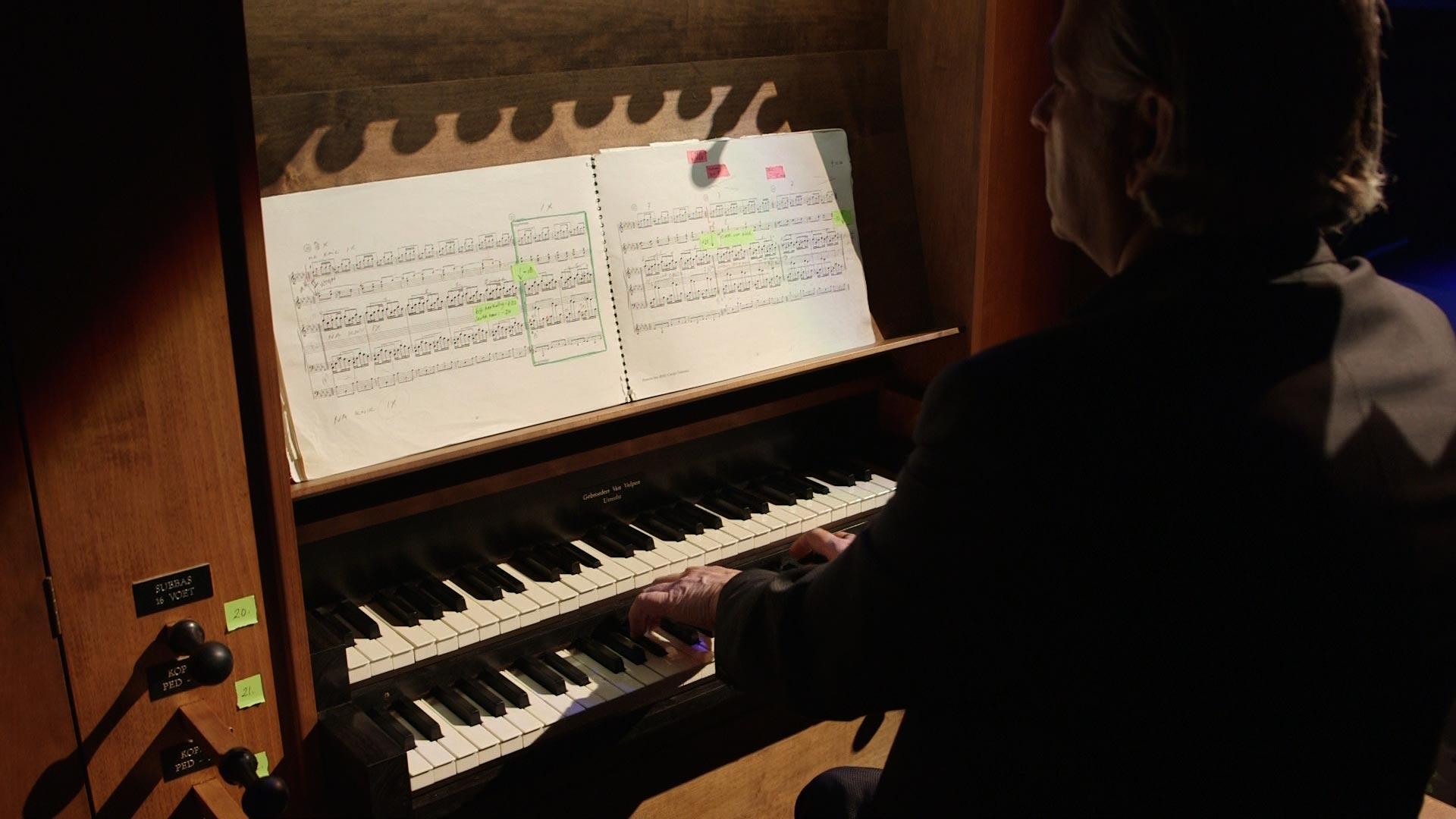 Aart Bergwerff, organist, east meets west, derwisch dans, orgel, vis film producties, Breda, Tivoli Vredenburg, Utrecht, canto ostinato, Simeon ten holt